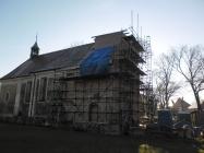 stav opravy věže kostela v Lenešicích 2015