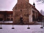 Havarijní stav kostela Lenešice 2006