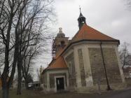 Nová kopule na věži kostela Lenešice
