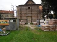 Obnovení prací na zřícené věži kostela Lenešice