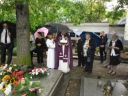 pohřeb Mrs.Kamily Remington Postoloprty