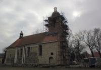 Nová kopule na věži kostela Lenešice 2018